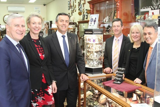 SMALL BUSINESS MINISTER VISITS THE LATROBE VALLEY