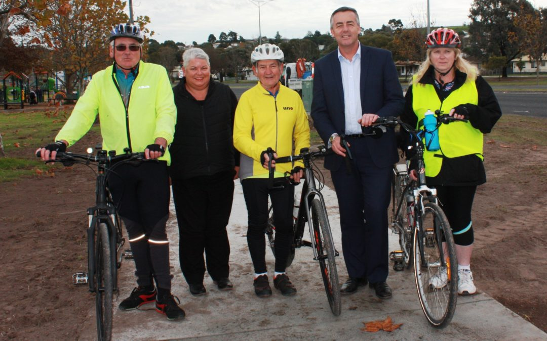 SHARED PATHWAY WORKS NEAR KERNOT HALL