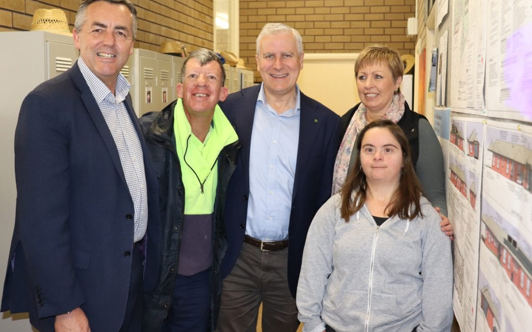 ACTING PRIME MINISTER VISITS YARRAM'S MIRRIDONG