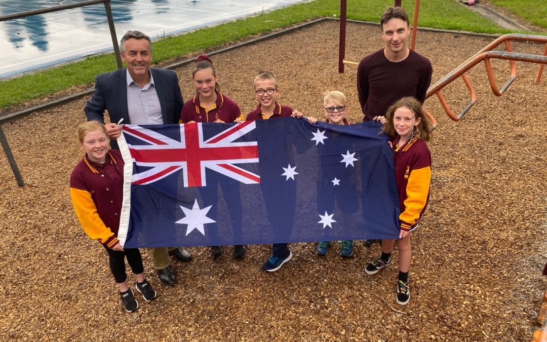 A WELCOME GIFT FOR YALLOURN NORTH PRIMARY SCHOOL